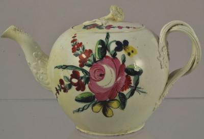 staffordshire-creamware-teapot-2